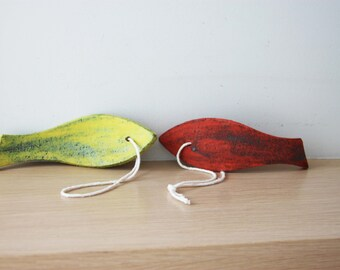 Yellow ceramic fish wall hanging, yellow-lime fish of stoneware clay, lime fish ceramic sculpture, rustic fish decor, fish favours