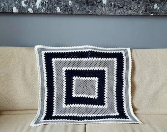 Crochet baby blanket in grey, white and dark blue, 70x75cm