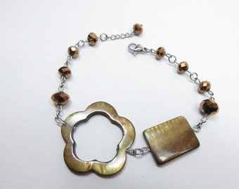 Amber color shell flower bracelet, faceted bronze, stainless steel glass beads