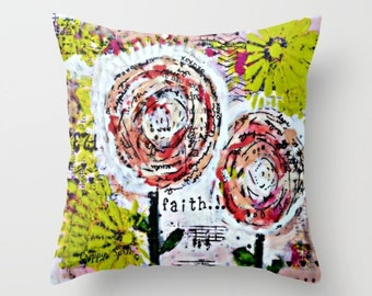 Throw pillow. Indoor or outdoor.
