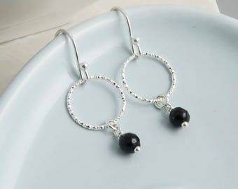 Silver Circle and Black Onyx Earrings, sterling silver, circle earrings, gemstone onyx