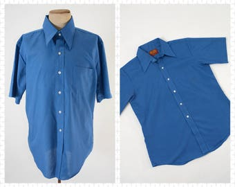 "1970s Large Men's Sears Blue Short Sleeve Button Down w/pointed collar- Tapered - Kings Road - 16-16.5"" - True Vintage"