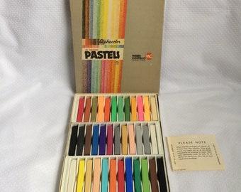 Vintage Alphacolor 48 square Pastels