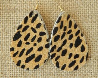 Animal print leather earrings with earwires, boho chic earrings, handmade jewelry, tear drop shape, summer jewelry, leopard fur