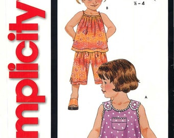 It's So Easy It's Simplicity 9678 Sewing Pattern for Toddler's Top, Shorts and Pants