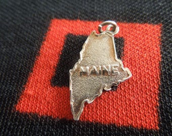 State of Maine Charm Maine Sterling Silver Travel Charm for Bracelet from Charmhuntress 05054
