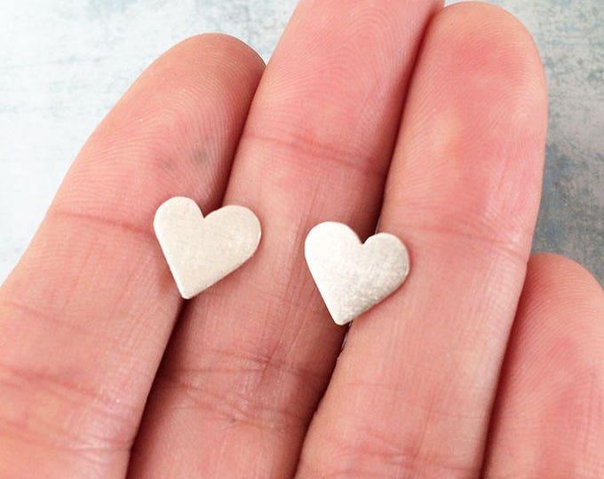 Stud silver earrings heart shape - simple earrings - valentine - simple heart earrings