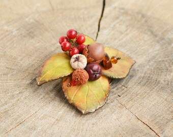 Autumn leaves brooch Fall leaf brooch Fall jewelry gift Autumn leaf jewelry Fall accessory gift women brooch Woodland jewelry gift idea