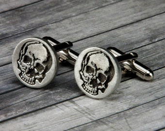 Skull Cufflinks - Skull Cuff Links - Mens Accessories - Mens Gifts - Skull - Skull Jewelry - Gifts for Him - Suit and Tie - Mens Jewelry