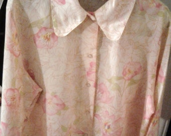 Vintage Lady Manhattan The Republic Collection Secretary Blouse with Matching Scarf Really Pretty Material