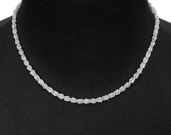 Sweet Pea Necklace | silverplated
