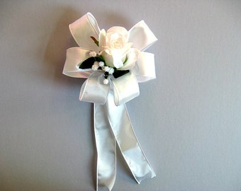 Wedding bow for brides, Gift wrap bow, All white wedding gift bow, Bridal shower bow, Bridal shower decoration, Bow for presents