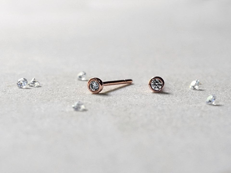 diamond stud cz in white gold nose