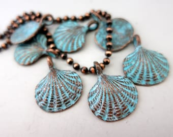 4 Green Patina Scallop Shells with Bail, Mykonos Casting Beads, Beach Style 15mm Lead Free Metal, Shell Charm Pendant, Made in Greece, M215