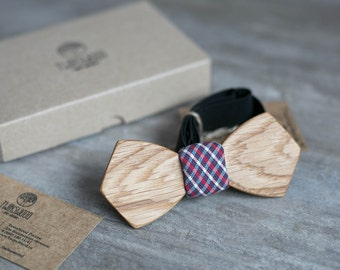Wooden bow tie, oak wood bow tie, wooden bowtie, Tartan Mens bowtie, wedding Groomsmen bowtie  gifts, Boyfriend gift, groom, Personalized