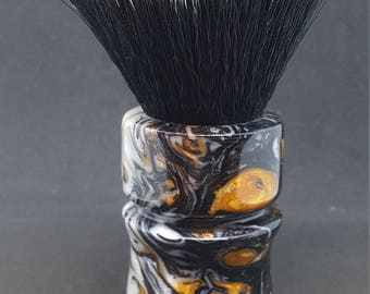 Beuatiful Gold Strike Acrylic Shave Brush, 24mm Tuxedo Knot No. 110