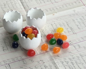 Easter Egg Shells Set of 3 Holders or Cups Party Candy Favor