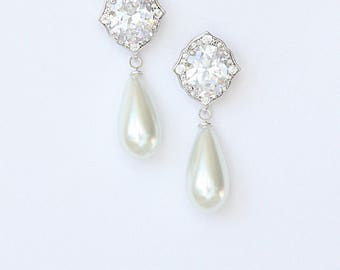 Modern Diamante Pearl Bridal Earrings Wedding Earrings Cocktail Earrings
