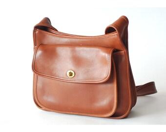 vintage Coach Taft bag / british tan leather purse