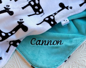 Baby Blankets, Personalized Baby Blanket with Name, Baby Blankets Personalized Name Baby Blanket Personalized, Boy or Girl Giraffe Blanket
