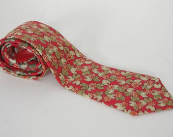 Hermes Red Lily Pad Print Men's 100% Silk Tie