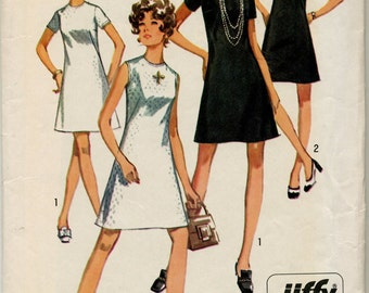 Misses' Straight Dress With Sleeve Variations Sewing Pattern - Simplicity 8682 - Size 8