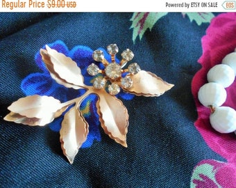 FLASH SALE Vintage double LEAF brooch pin, clear stones