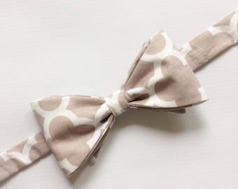Mens Neckwear - Groomsmen Bow Ties - Gray Bowtie - Quatrefoil Bow Tie - Men's Bow Ties - Mens Bow Ties - Mens Necktie - Groomsmen Bow