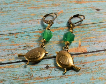 LITTLE BIRDY TOLD Me~~Pretty Green Agate Nugget Beads and Antique Brass Bird Earrings, Nature Earrings, Birds~~ Two Fell Swoop