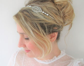 Headband wedding/leaf/foliage, silver chain and pearl beads, white tone romantic and Bohemian chic bridal hairstyle.