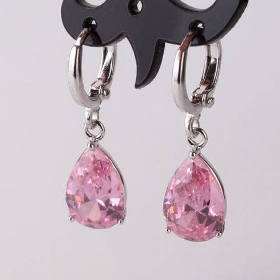 Lovely 18 ct white gold  filled pink sapphire crystal drop earrings