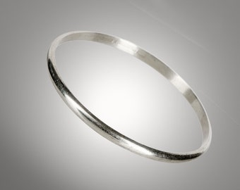 sterling silver bangle undecorated signed handwrought GW