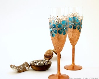 Wedding Glasses, Champagne Flutes,  Hand Painted Wedding Toasting Set of 2