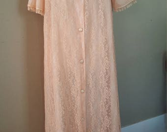 Vintage robe, Keyloun, lace, chiffon, house coat, peignoir, dressing gown, duster, 50s, peach gown, fifth avenue, robe, lingerie