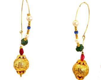 Hammered gold Earrings,gold hoop earrings,gold dangle Earrings,18K gold vermeil minimalist jewelry,modern Jewelry,fusion earrings by Taneesi
