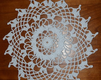 Handmade white doily, 21cm, round, crocheted with fine cotton