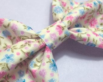 Rustique «mori» arc de cheveux, pince à cheveux noeud motif floral tissu, noeud cheveux pastel rose/bleu mignonne fleur ~ clip dans Accessoires cheveux rustique