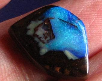 8.9ct wonderful handcrafted koroit boulder opal  ≠11