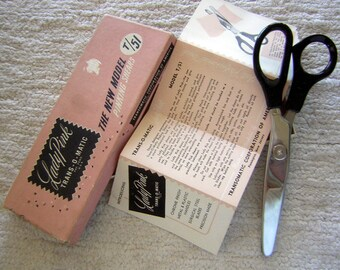 """Vintage Pinking Shears - Original Box & Instructions - Lady Pink TRANS-O-MATIC 8"""" Model T/51 - Mint Condition"""