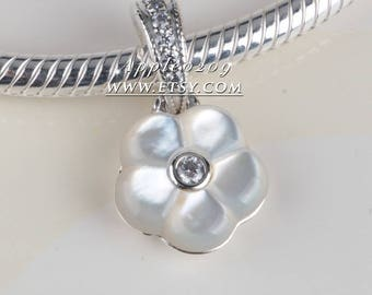 Fashion Jewelry S925 Sterling Silver Luminous Florals Mother of Pearl Dangle Pendant Charms Beads For Dora Bracelets Jewelry Making