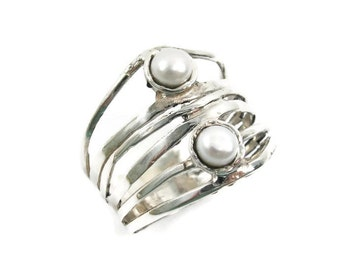 Pearl ring. Sterling silver ring. Silver pearl ring. Wide silver ring. Wide pearl ring. Gift for her. Pearl jewelry (sr10018-1576)