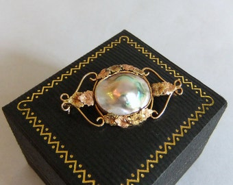 Vintage Antique Mabe or Blister Pearl Pin, 10k karat Pink Rose Gold and Yellow Gold Brooch - Aesthetic to Late Victorian, Scrolls & Leaves