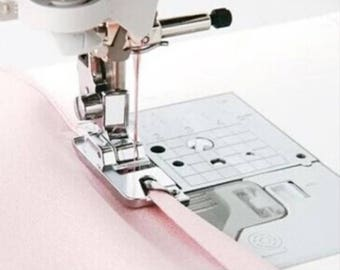 PP031 - Presser foot has clip ourleur 5 mm