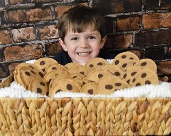 Felt chocolate chip cookies, felt food, pretend play, play food, felt toys, felt cookies, preschool, toddler, plush cookie, stuffed food