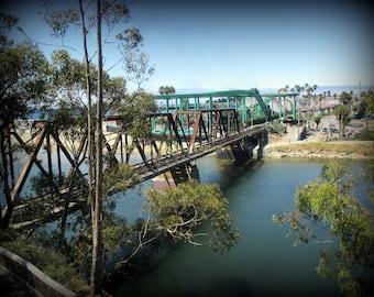 Santa Cruz - Santa Cruz photo - California - Santa Cruz California - Train Trestle - Train tracks - River photo - Santa Cruz Beach Boardwalk