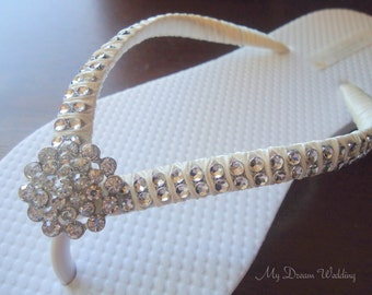 Ivory bridal Flip Flops. CZ crystal center button wedding flip flops. . Ivory Double row of crystals mdw-0010 ivory