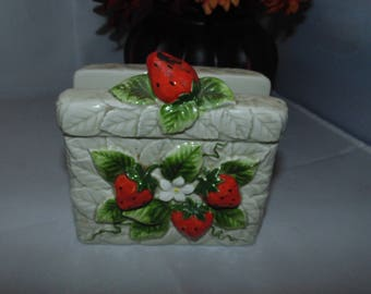 Vintage retro 1981 Sears Roebuck Ceramic Strawberry Napkin Holder Cute