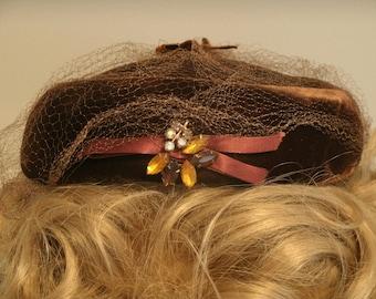 Vintage brown velvet hat with broach