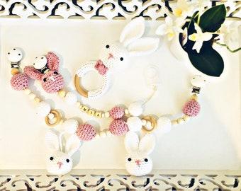 Set MI pacifier, stroller chain and rattle/gripping bunny Amirgurumi