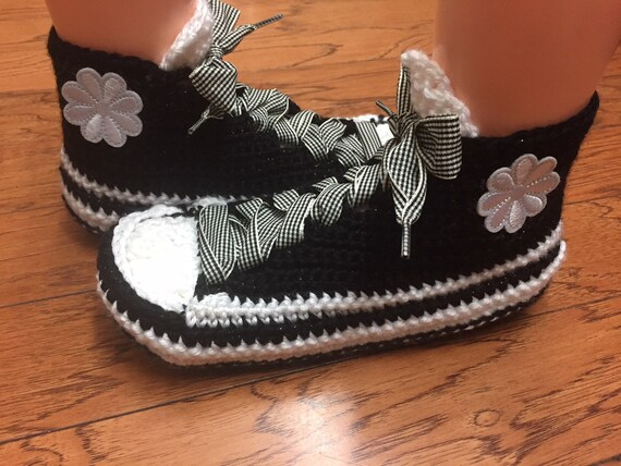 slippers sneakers white tennis sneakers house Womens Crocheted white black 249 shoes 8 10 slippers flower slippers black flower sneaker shoe gWwq4Yz